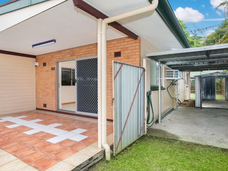 Property Sale at 2/350 McCoombe Street, MOOROOBOOL QLD, 4870