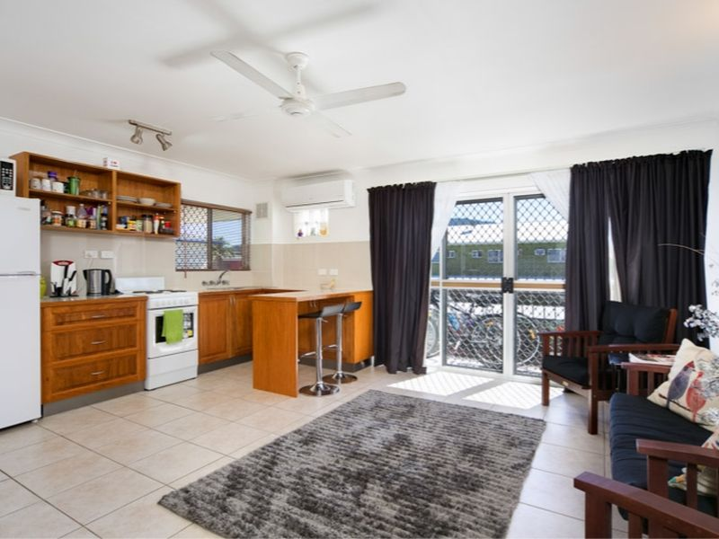 Property Lease at 5/20 Jensen Street, MANOORA QLD, 4870