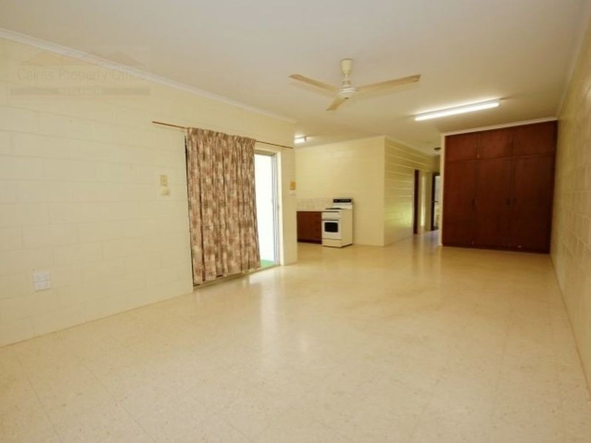 Property Lease at 2/9 Alamein Street, STRATFORD QLD, 4870