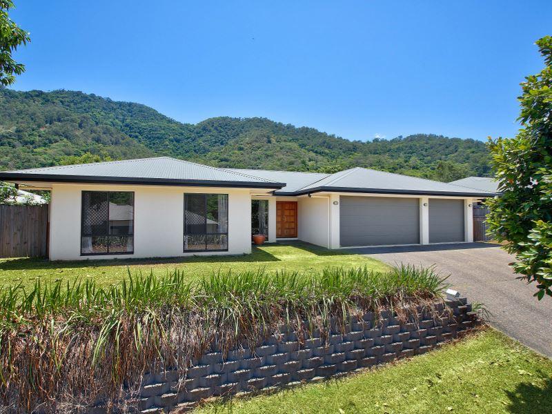 Property Lease at 19 Rainbow Street, KANIMBLA QLD, 4870