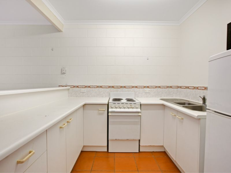 Property Lease at 6/3 Tenni Street, REDLYNCH QLD, 4870