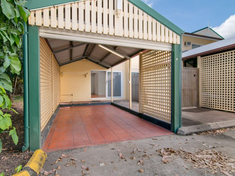 Property Sale at 9/3 Tenni Street, REDLYNCH QLD, 4870