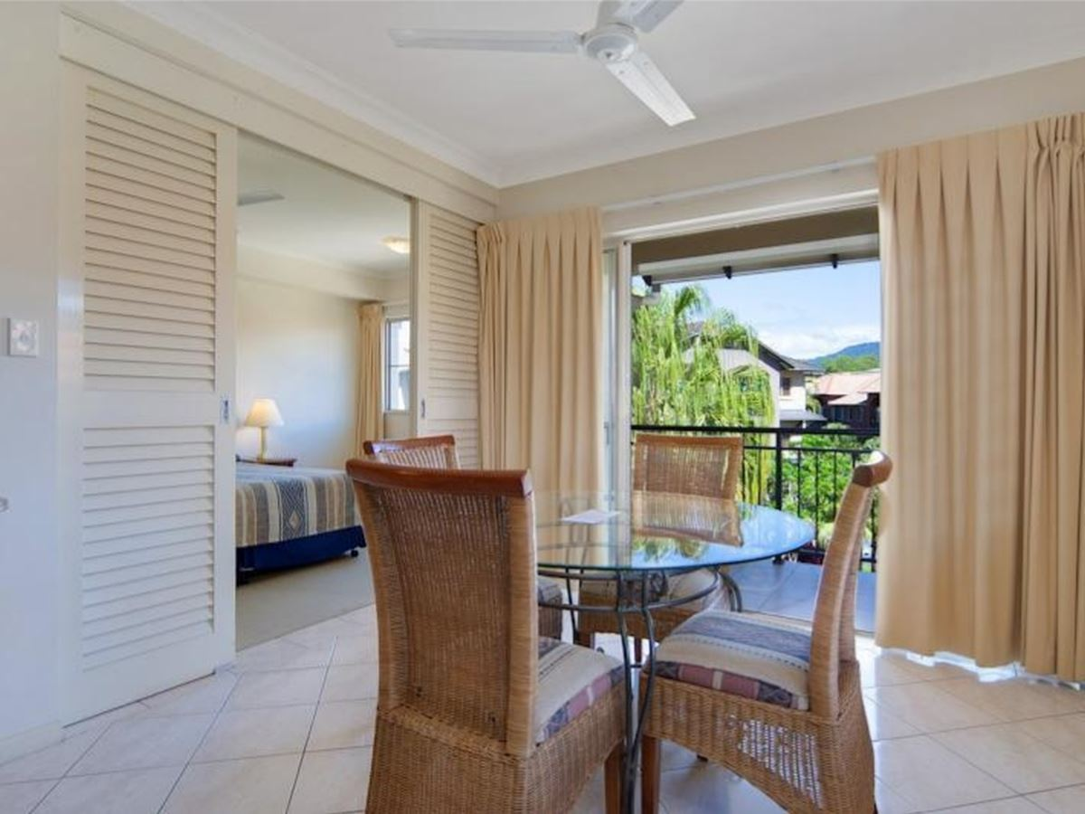 Property Sale at 1811/2-10 Greenslopes Street, CAIRNS NORTH QLD, 4870