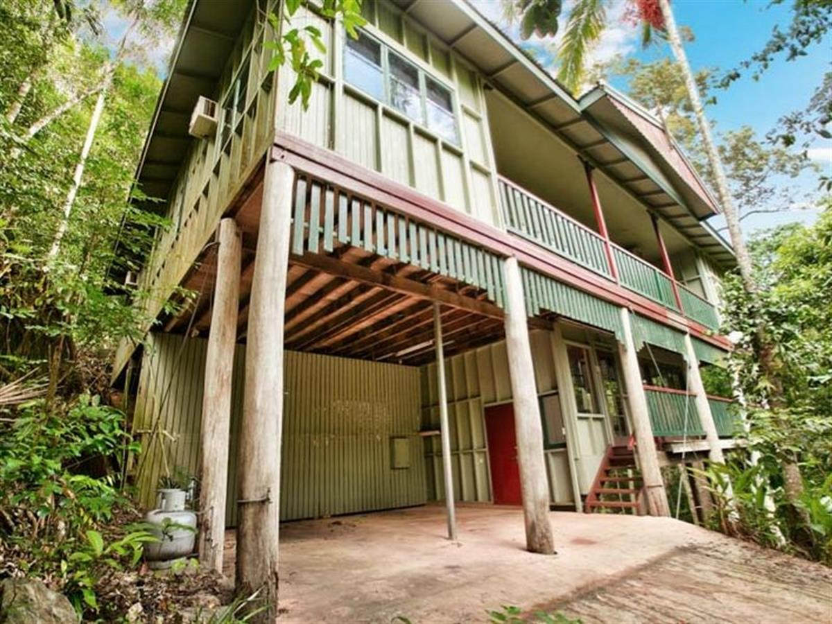 Property Sale at 6 Euodia Close, KAMERUNGA QLD, 4870