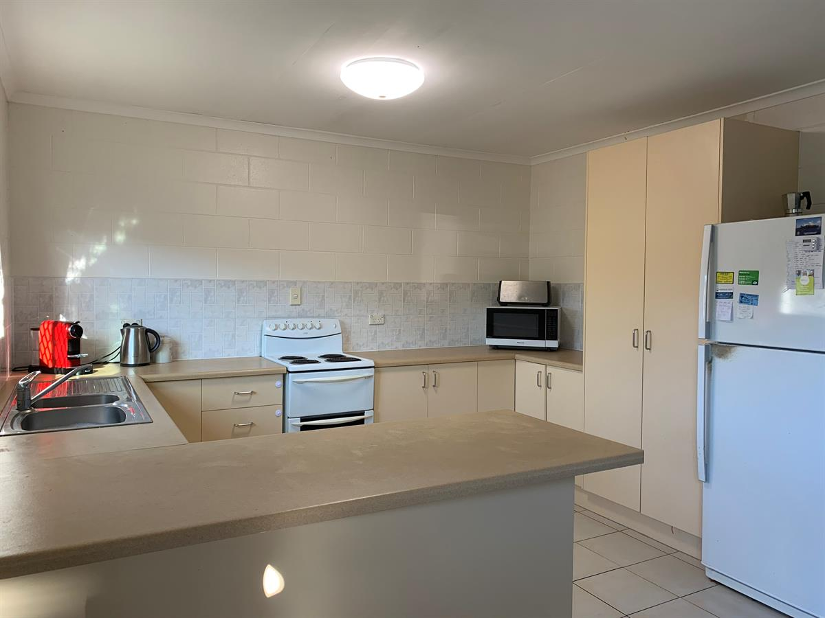 Property Lease at 35 Karwin Street, BAYVIEW HEIGHTS QLD, 4868