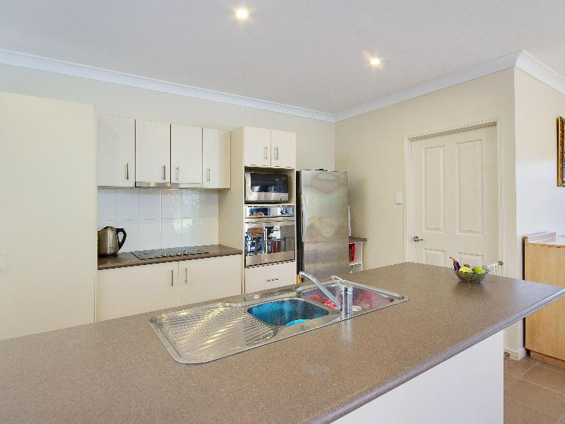 Property Lease at 118 Roberts Drive, TRINITY BEACH QLD, 4879