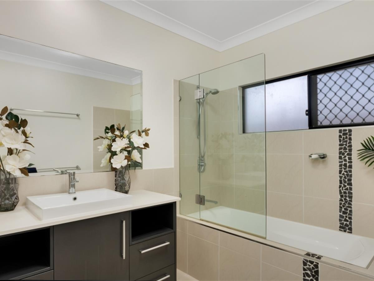 Property Lease at 4 Celerywood Close, Mount Sheridan QLD, 4868