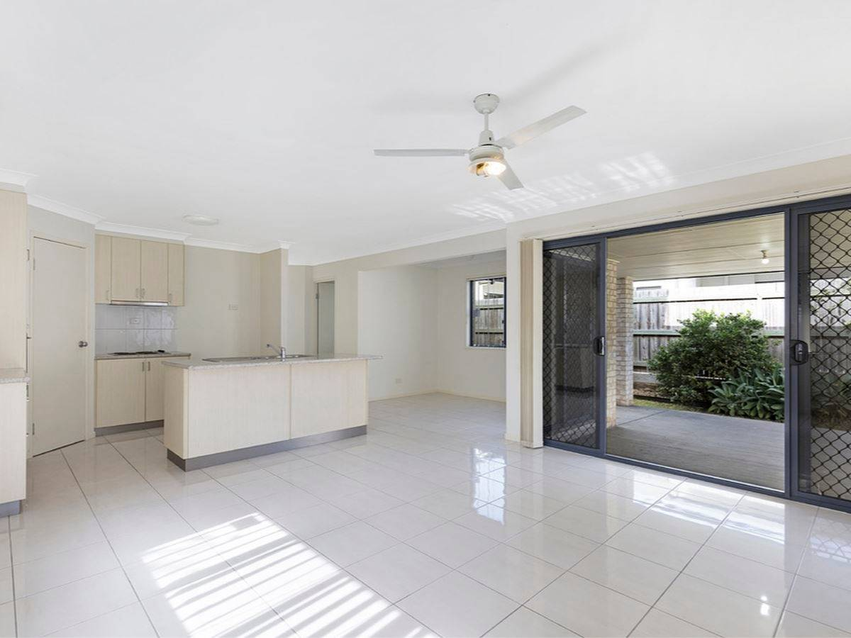 Property Lease at 11 Sedgemoor Street, CARSELDINE QLD, 4034