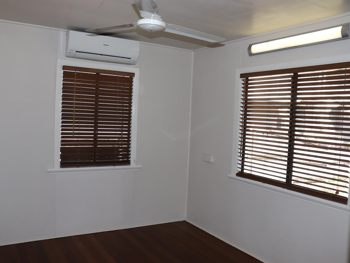 Property Lease at 33 DUNN STREET, Cairns North QLD, 4870