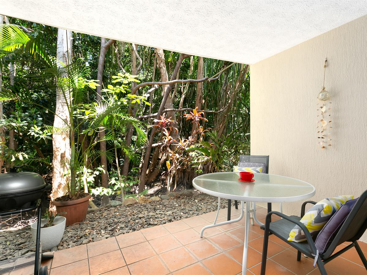 Sensational 1 Bedroom Unit Marlin Cove !