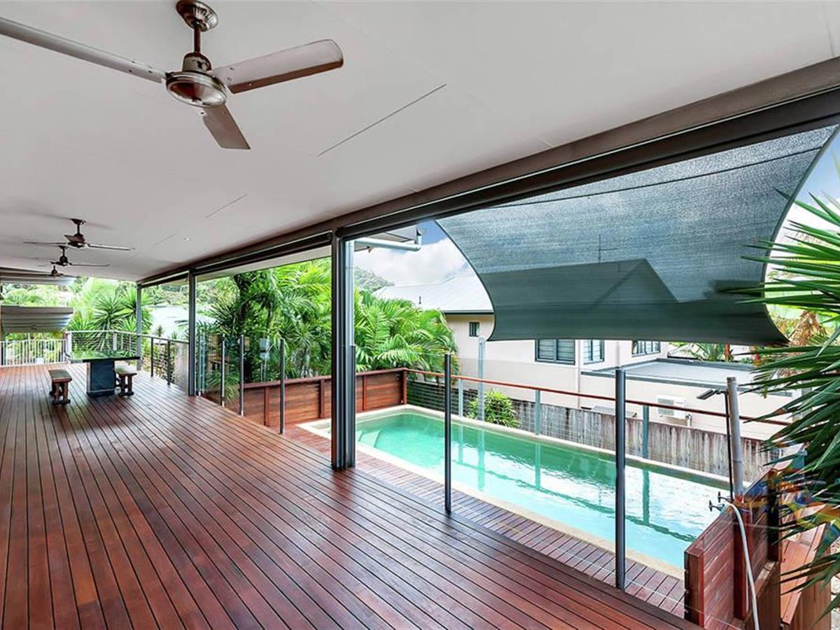 Executive Home With Ocean Views !