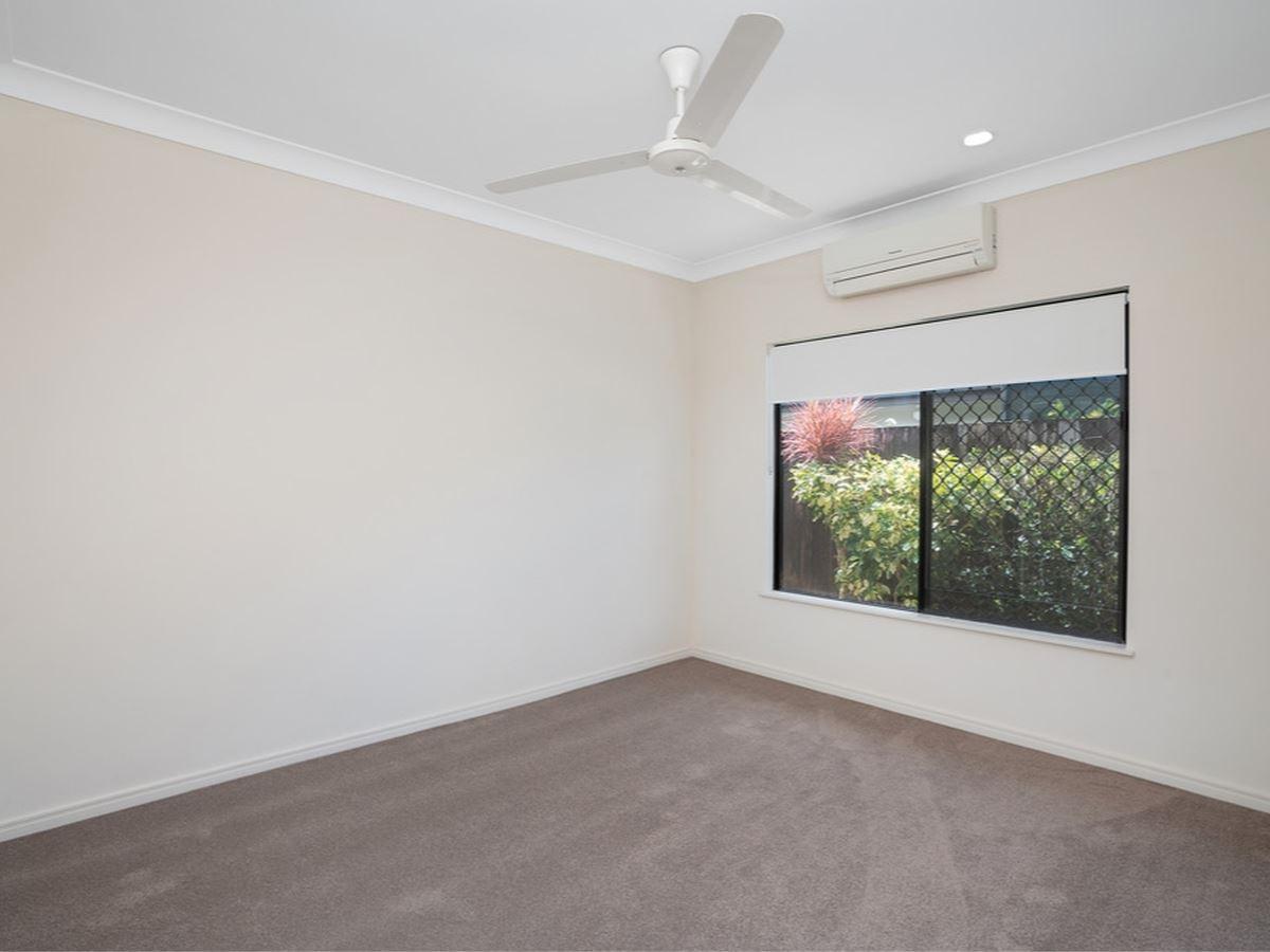 Property Sale at 13 Surtees Close, BENTLEY PARK QLD, 4869